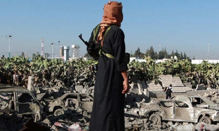 """طيران """"#عاصفة_الحزم"""" يدمّر منصة للصواريخ في مأرب شرقي اليمن"""