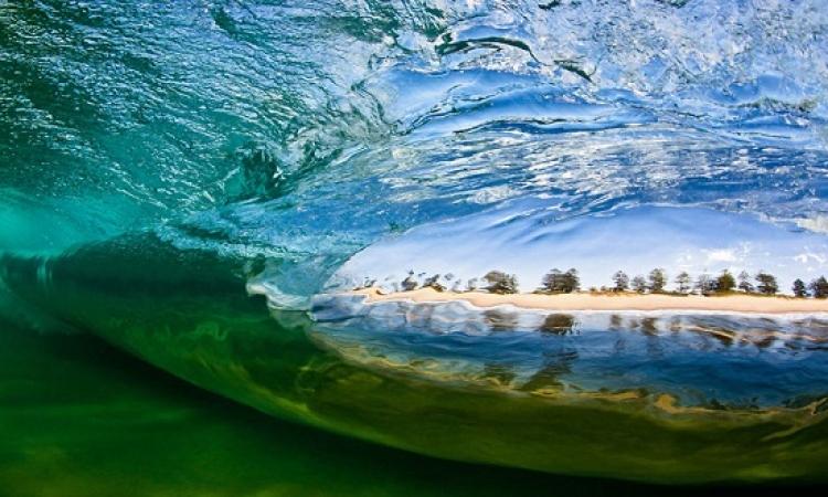 بالصور .. سحر وقوة امواج المحيطات بعيون استرالية
