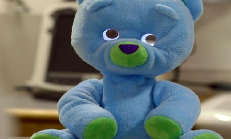 بالفيديو .. دب روبوت لمساعدة الأطفال المرضى بالسرطان .. بجد لا تعليق !!