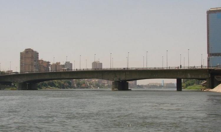 استشهاد شرطى وإصابة 3 مدنيين فى انفجار عبوة ناسفة أعلى كوبرى 15 مايو