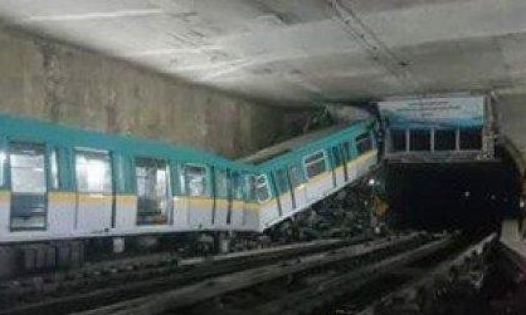 تصادم قطارين بالعباسية يوقف حركة المترو بالخط الثالث