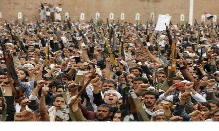 الحوثيون يحتجزون سفينة ترفع علم بنما بميناء الحديدة