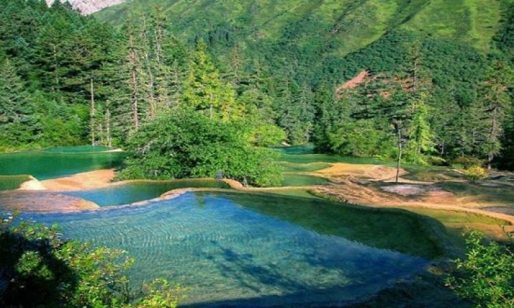 حمامات سباحة فى أحضان الطبيعة .. استرخاء ومتعة !!