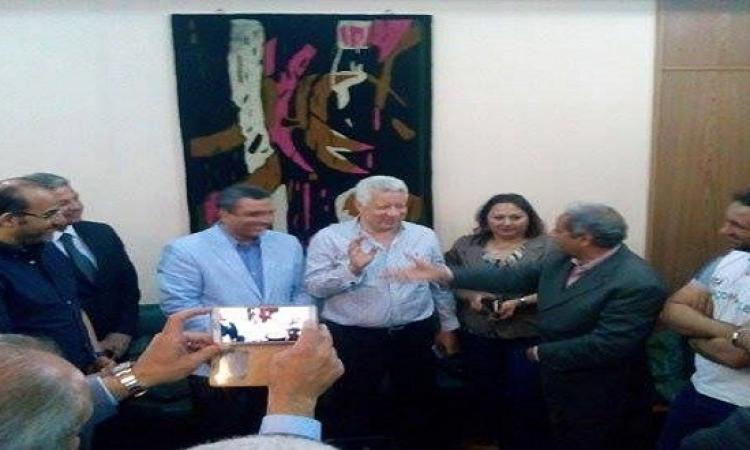 مرتضى منصور يبدأ صفحة جديدة مع الصحفيين