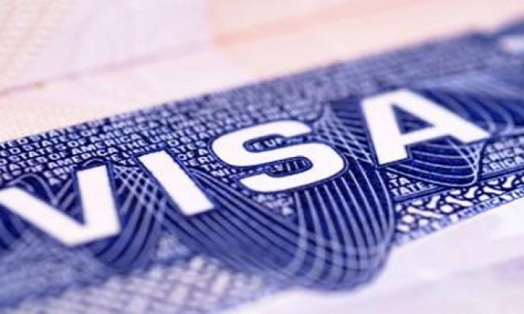 """فيزا وماستركارد تلزمان بنوك مصر بالبطاقات """"اللا تلامسية"""""""