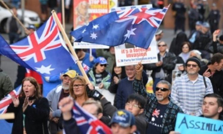 تظاهرات ضد الإسلام وأخرى مضادة فى استراليا.. وهذا ما أوصلنا إليه داعش وأخواته!!