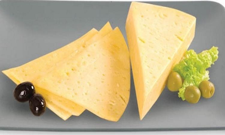 طريقة عمل الجبن الرومى بالمنزل !!