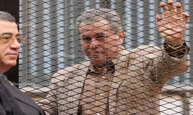الحكم ببراءة الإعلامى توفيق عكاشة