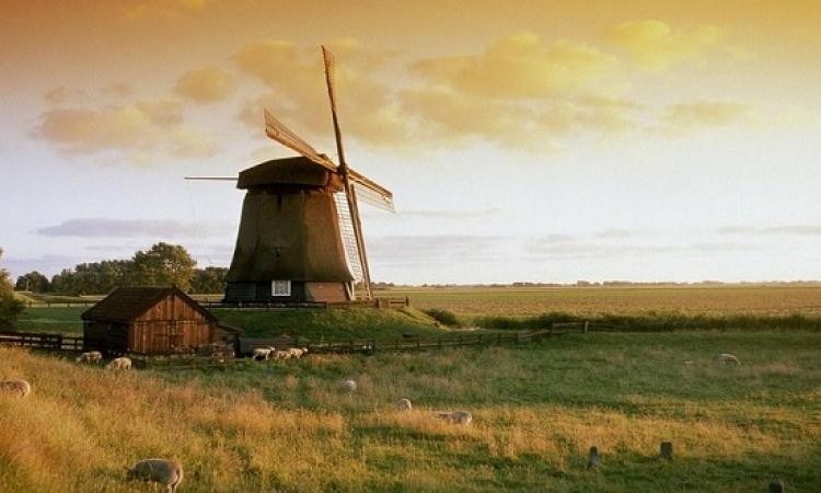 هولندا .. ارض الجمال والرومانسية والطواحين