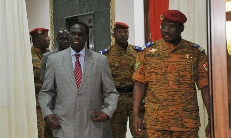 بعد يوم من الانقلاب .. الاتحاد الأفريقى يعلق أنشطة بوركينا فاسو ويهدد بتوقيع عقوبات