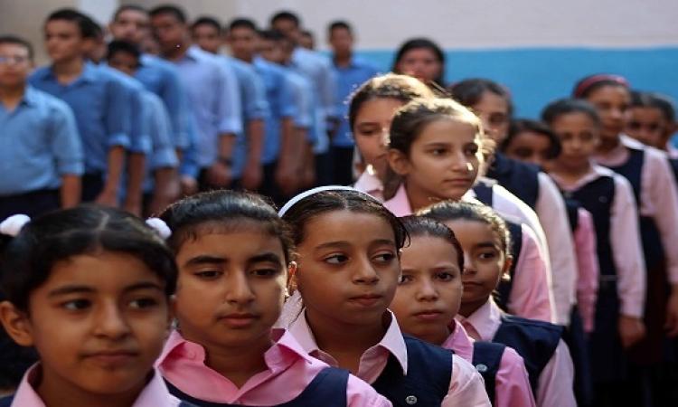 وزير الاتصالات يعلن تحصيل مصروفات المدارس الحكومية عبر مكاتب البريد