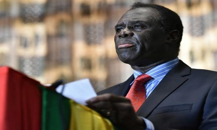 رئيس بوركينا فاسو يعود إلى منصبه بعد اسبوع من الإنقلاب العسكرى
