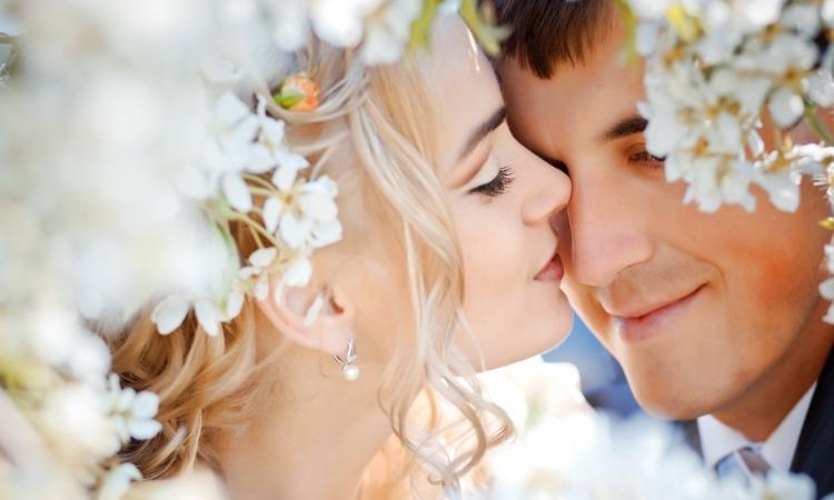 9 أسباب تجعل العروس تبكى يوم زفافها