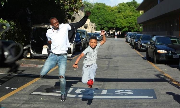 بالفيديو .. طفل يسابق أسرع رجل فى العالم ويفوز عليه .. براااافو جمايكا !!