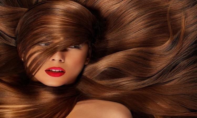 مكونات غريبة لإصلاح الشعر التالف على طريقة جدتك