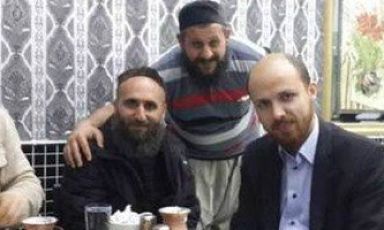 فضيحة بالصور .. نجل أردوغان بصحبة قيادات داعش
