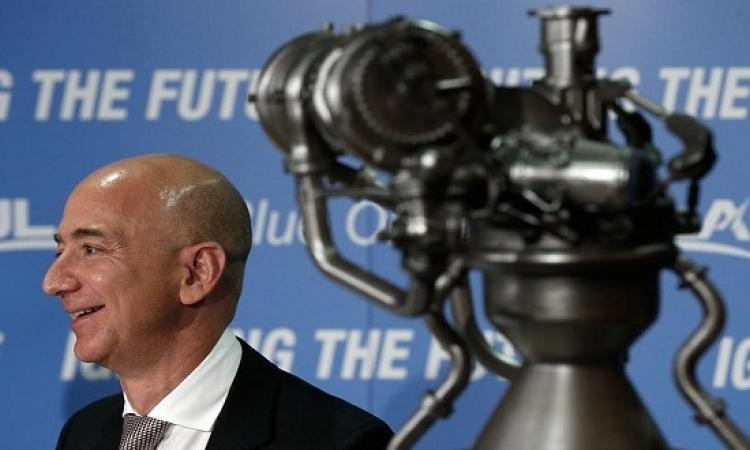 """مؤسس موقع """"أمازون"""" جيف بيزوس ينجح فى إطلاق رحلات للفضاء"""