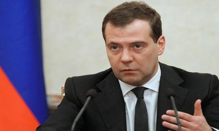 ميدفيديف : إسقاط أنقرة الطائرة جريمة نسفت العلاقات الروسية التركية