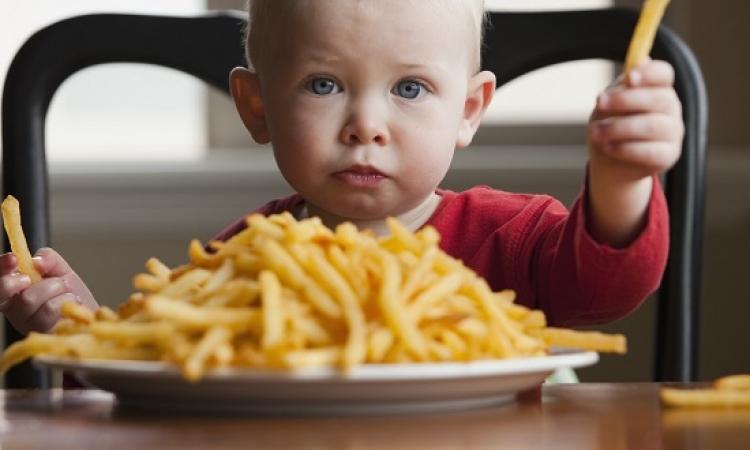 دراسة : جيناتك قد تكون سبب إدمانك للوجبات السريعة !!