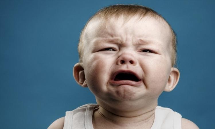 4 أسباب وراء ألم الأذن عند الأطفال بخلاف الالتهاب
