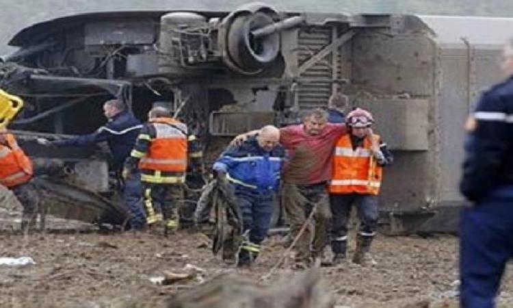النحس يصيب فرنسا .. قطار سريع يخرج عن مساره ومصرع 5 أشخاص