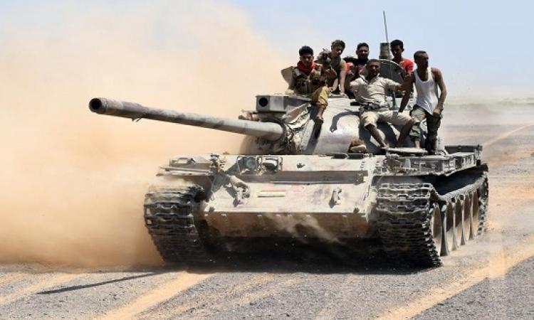 احتدام المعارك بتعز .. والحوثيون يقصفون مناطق سكنية