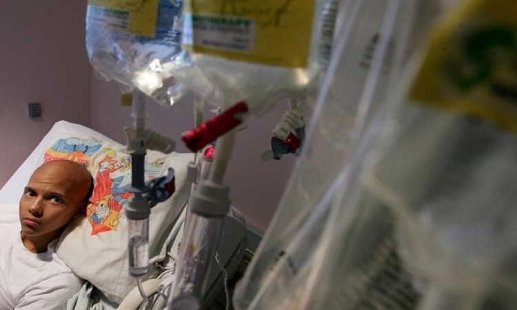 إجازة عقار لعلاج سرطان الرئة يصيب بالازمات القلبية