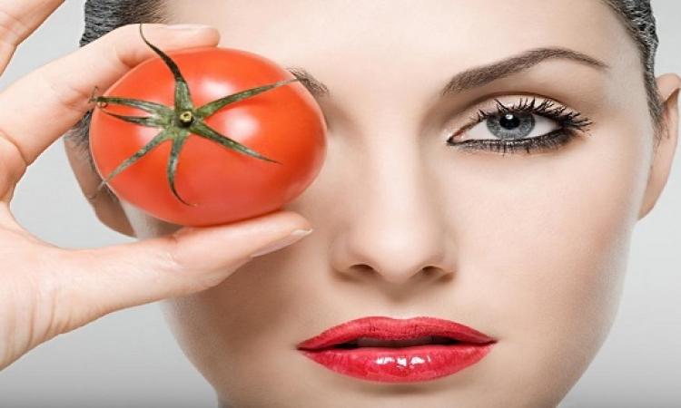 تناول الطماطم يومياً يحافظ على صحة جلدك