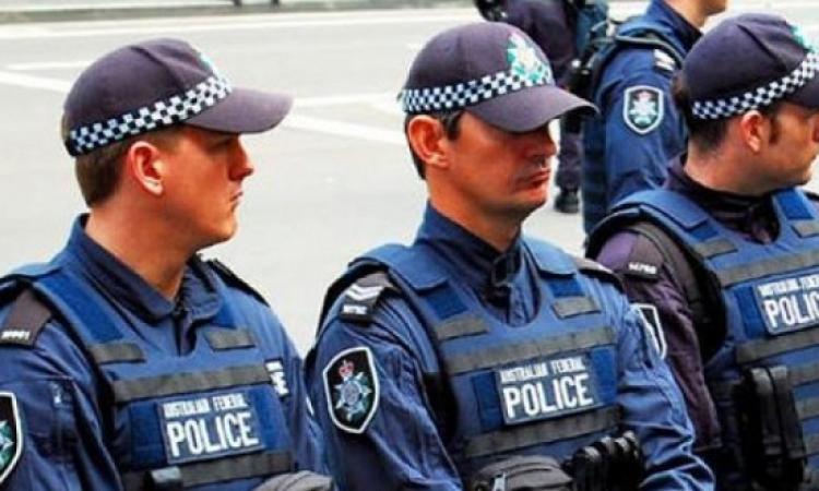 الشرطة الاسترالية تعتقل شخصين لمحاولتهما مهاجمة مباني حكومية
