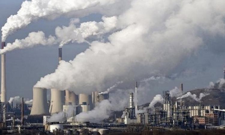 الصين ترفع مستوى التحذيرات من تلوث الهواء إلى الأحمر