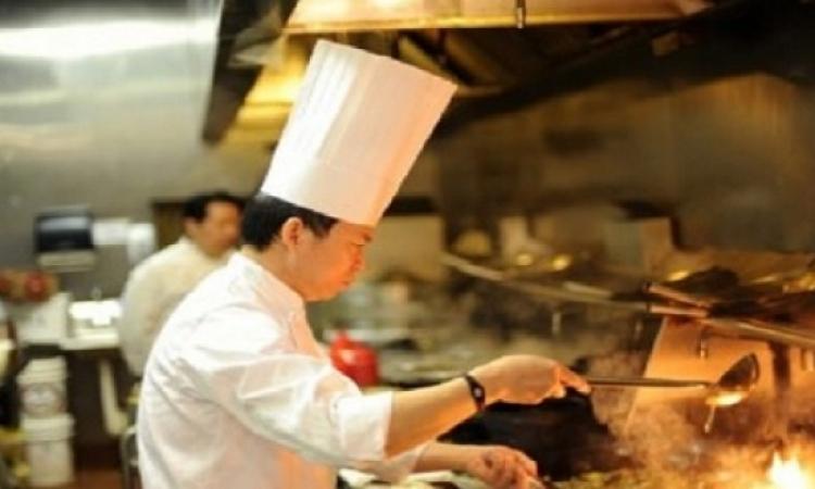 صينيون يدخلون موسوعة جينيس بسبب صنعهم للزلابية الصينية