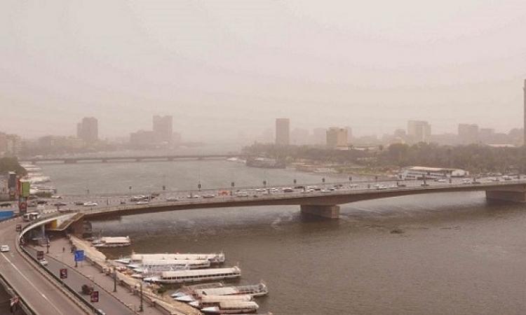 نشاط رياح محملة بالرمال واحتمالية سقوط أمطار