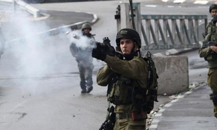 إصابة عشرات الفلسطينيين فى مواجهات مع قوات الاحتلال الإسرائيلى