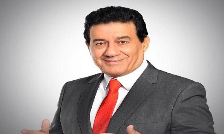 بالفيديو .. محامى الحكام لمدحت شلبى : بتحترم بس اللى بيديك على دماغك !!