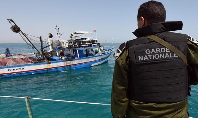 مصر تتواصل مع تونس لحل أزمة الصيادين المحتجزين