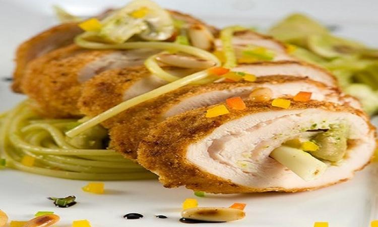 طبق اليوم .. لفائف اسكالوب الدجاج المميزة للرجيم