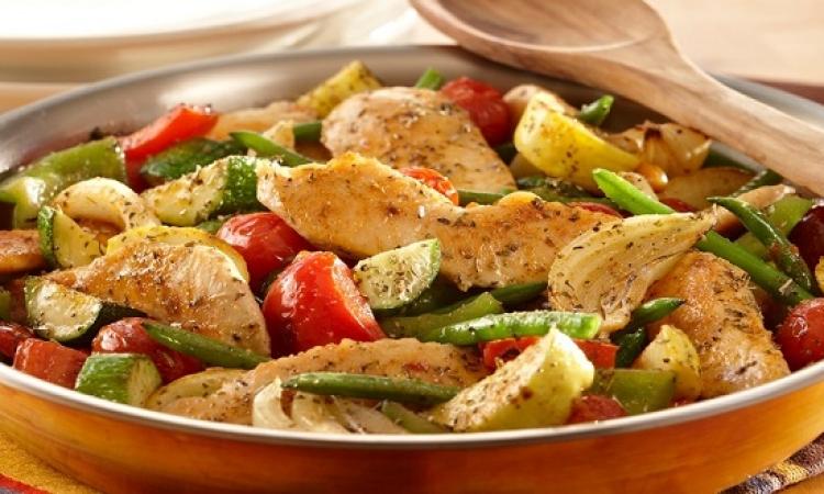 طبق اليوم .. الدجاج على الطريقة الإيطالية مع المكرونة