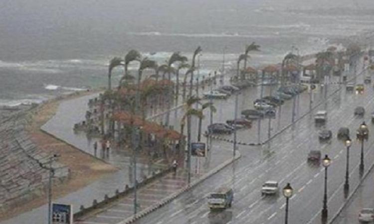إغلاق بوغازى الإسكندرية والدخيلة أمام حركة الملاحة