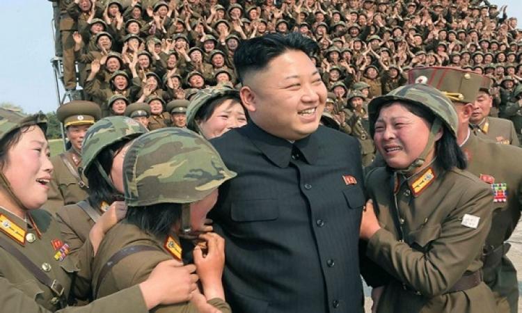 بالصور .. لغز بكاء النساء فى حضور زعيم كوريا الشمالية ؟