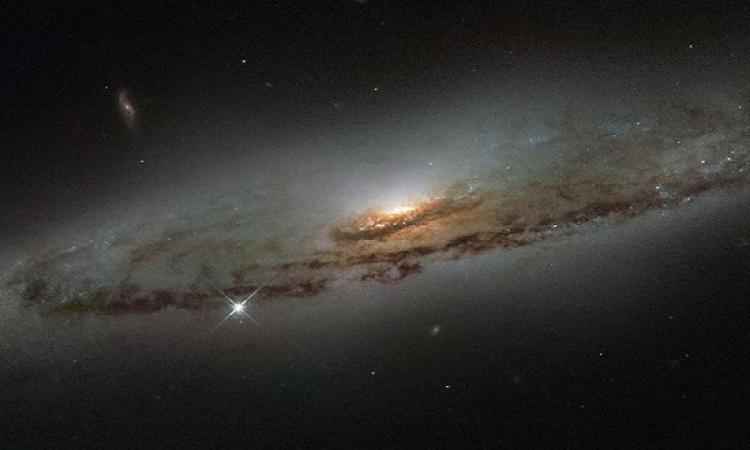 هابل يصور ثقبا أسود هائلا يلتهم النجوم بشراهة