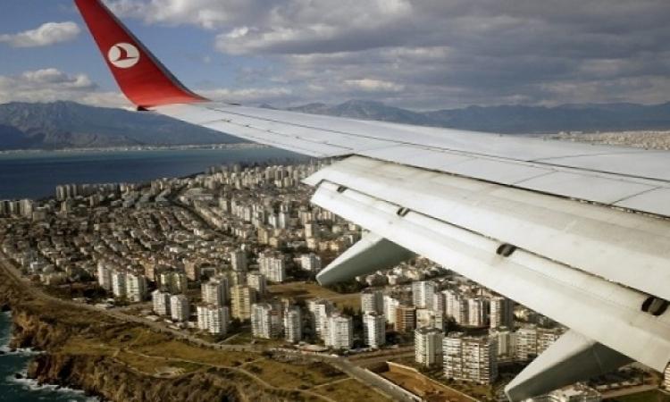 متحدث: لم يتم العثور على قنبلة بالطائرة التركية بعد تحويل مسارها