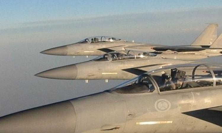 انفجارات عنيفة فى بصنعاء جراء غارات شنها طيران التحالف العربى