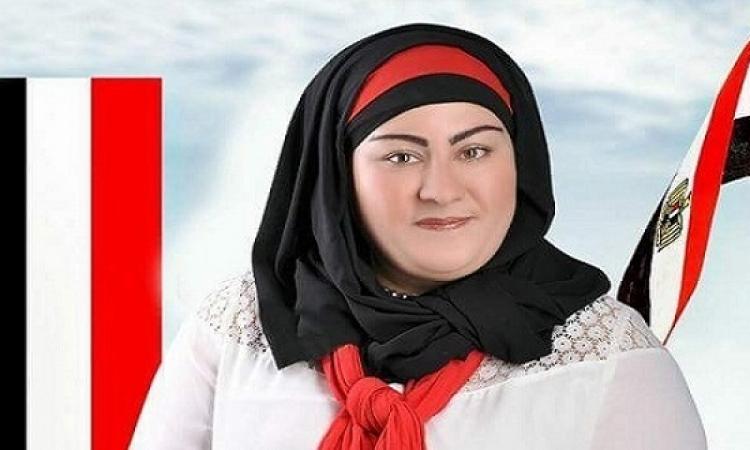 النائبة غادة صقر عن دعوات النزول يوم 25 يناير : الدّكر يورّينا نفسه !!