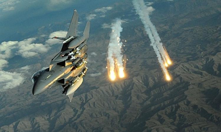 التحالف العربى يقصف مخابئ للحوثيين على جبهتى شبوة وتعز