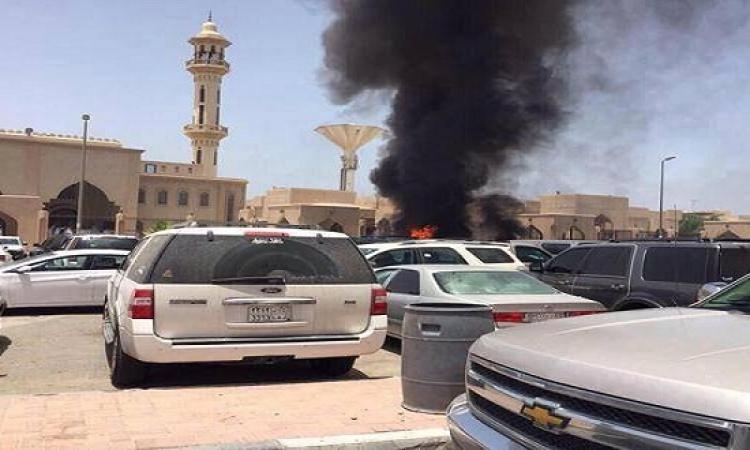 بالفيديو: اللحظات الأولى لتفجير المسجد بمنطقة الأحساء بالسعودية