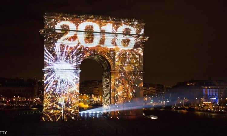 بالصور .. احتفالات العالم  بالعام الجديد 2016