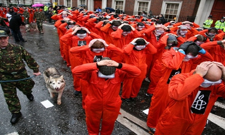أمريكا ستنقل 4 معتقلين من جوانتانامو إلى السعودية