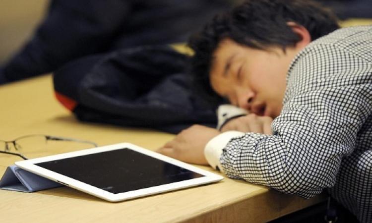القراءة من كمبيوتر لوحى تسبب النوم غير المريح