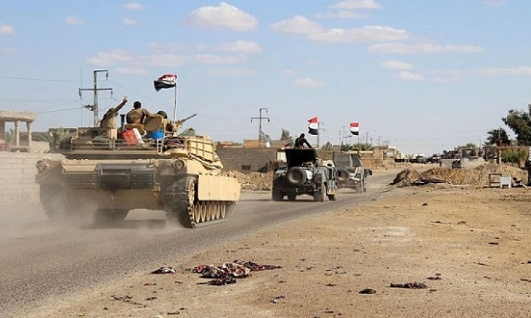 القوات العراقية تبدأ عملية لتحرير هيت من داعش