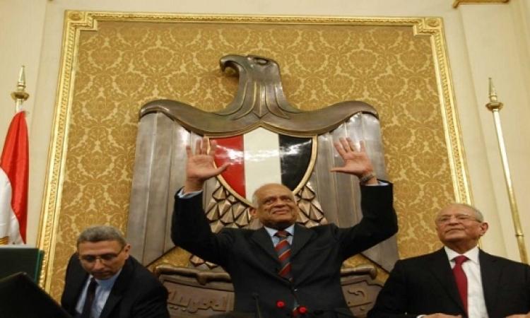 """رئيس مجلس النواب يرفع الجلسة ويتوعد بفضح النواب """"المزوغين"""""""